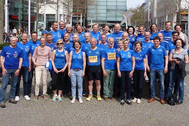 Läufer des TuS Altenberge beim Oberelbemarathon in Dresden