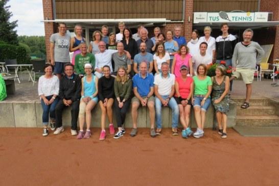 Saisonstart beim TuS Tennis