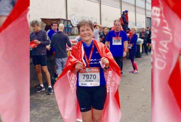 Barbara Laubrock beim Köhlbrandbrückenlauf erste in Ihrer Altersklasse